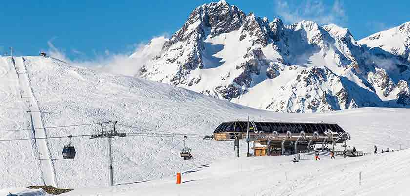 France_alpe_dhuez_ski-area.jpg